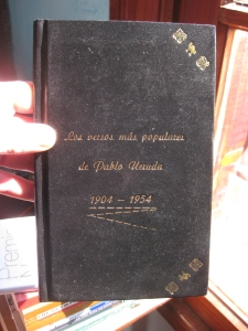 Exterior: Poemas mas populares, Pablo Neruda, Austral