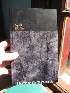 Runa, Fogwill, Interzona